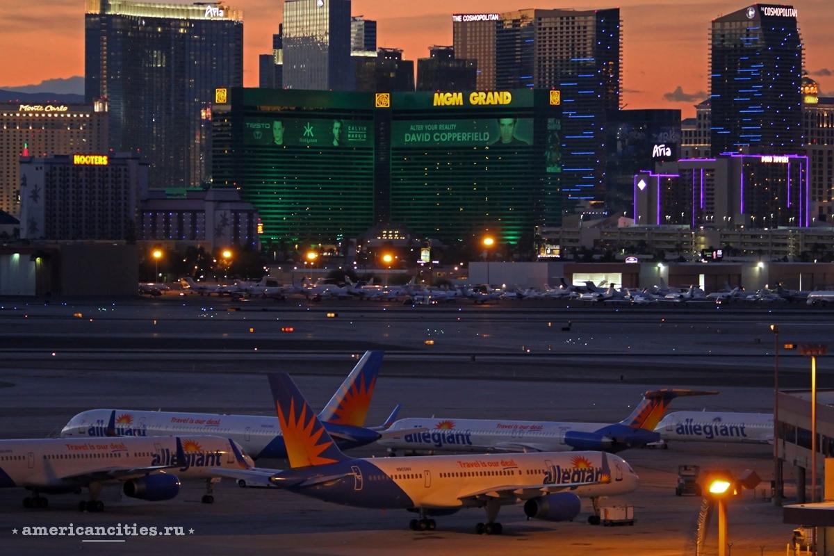 Международный аэропорт Маккаран принимает более 500 самолетов в день