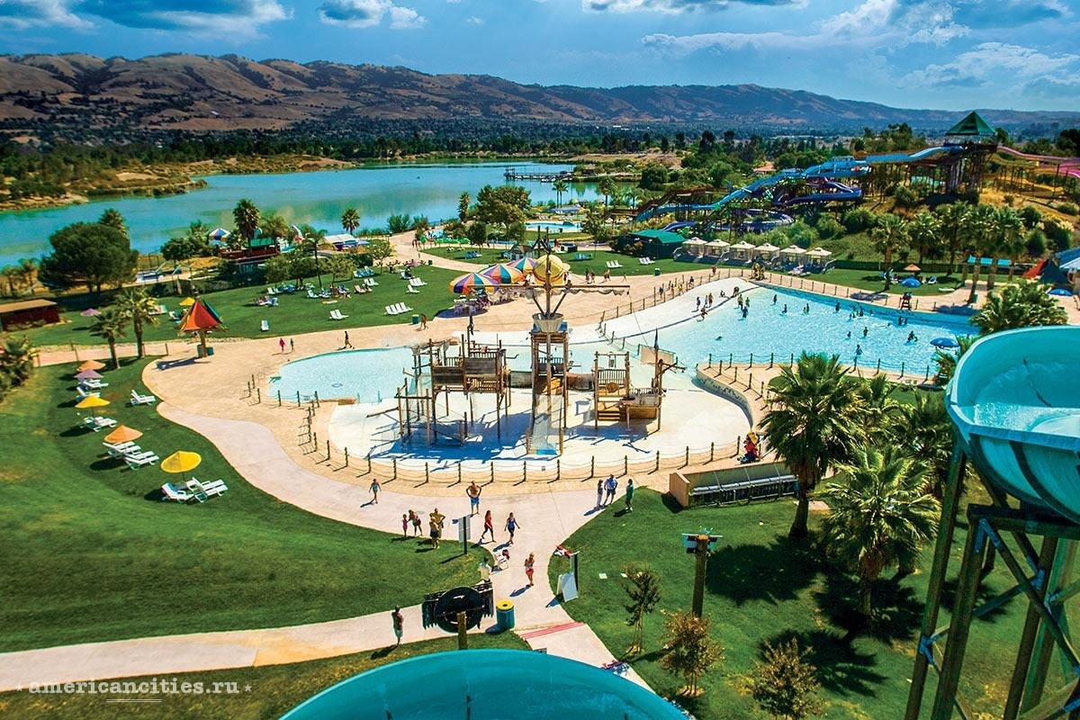 Аквапарк Raging Waters San Jose