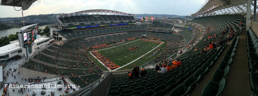 Стадион Paul Brown Stadium открыт в 2000 году