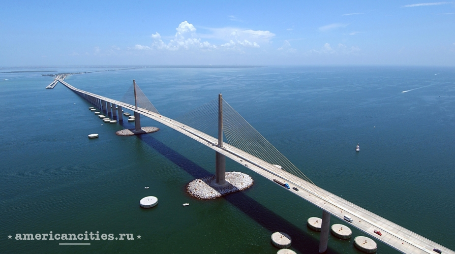 Мост Sunshine Skyway Bridge
